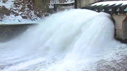 Odpouštění přehrady