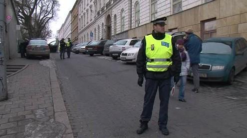 Narušená statika domu uzavřela ulici v centru Brna