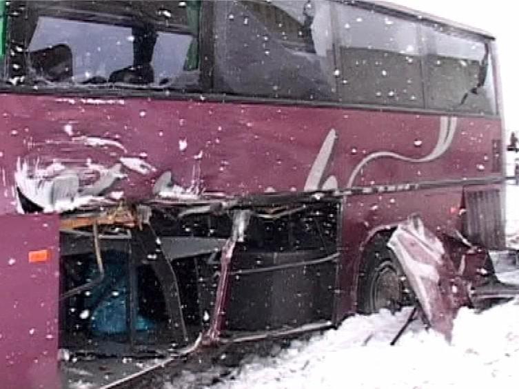 Havarovaný autobus, foto tvnoviny.sk