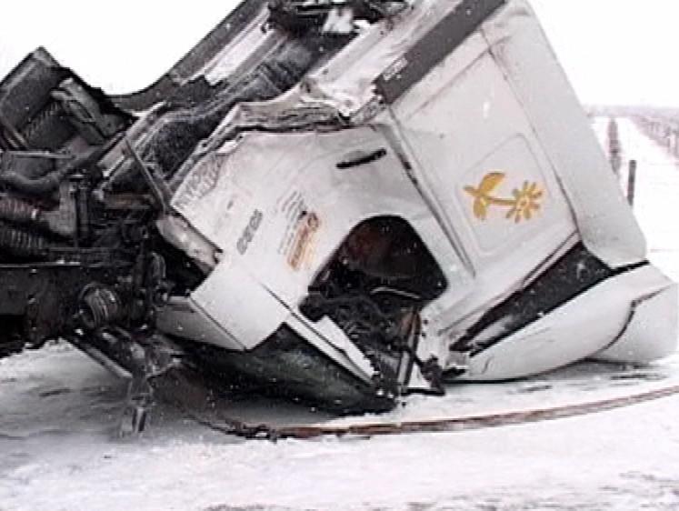 Havarovaný kamion, foto: tvnoviny.sk