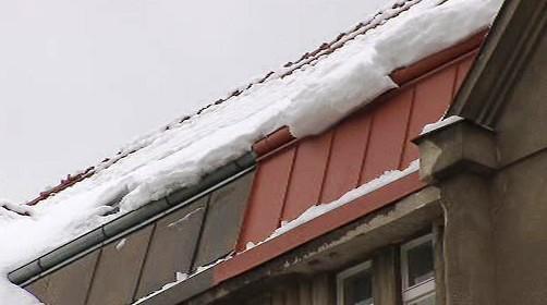 Sníh na střechách
