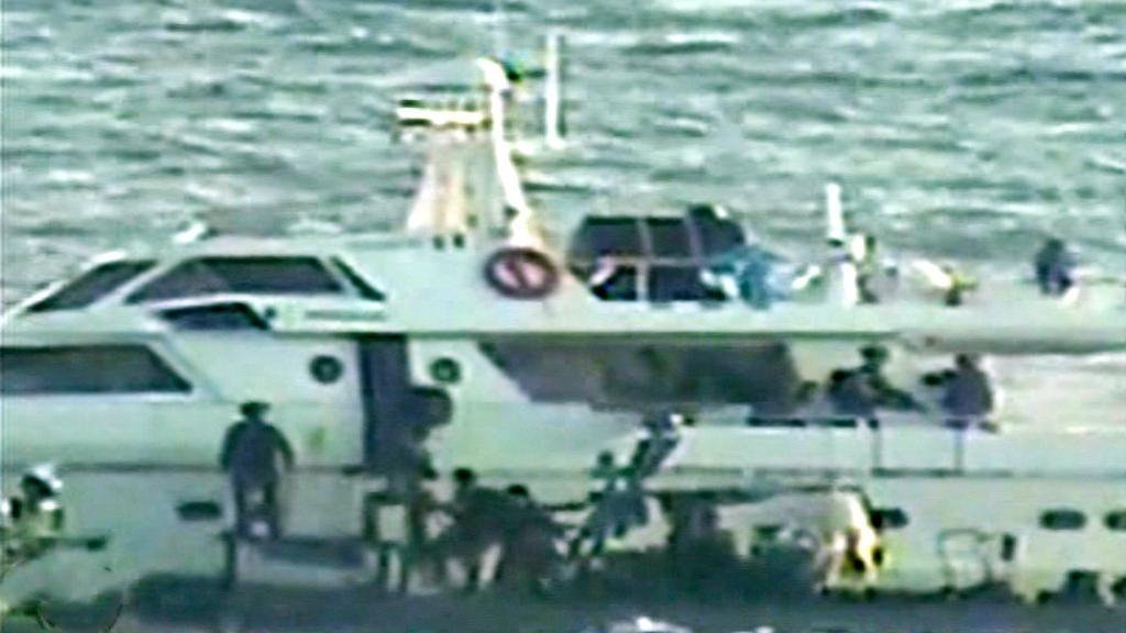 Zásah izraelské armády na lodi pro Gazu