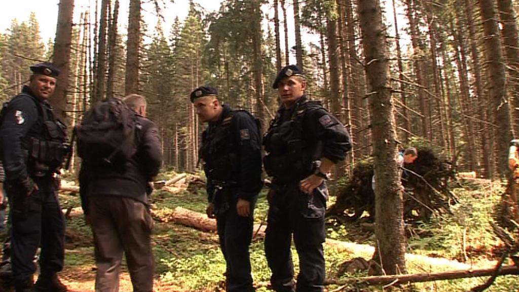 Policisté na místě blokády