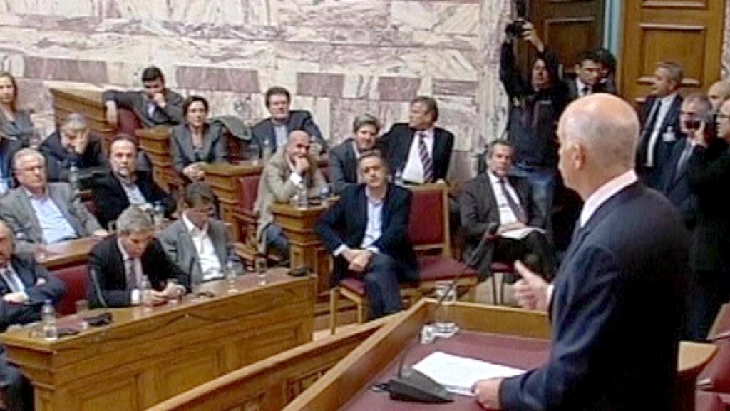 Papandreu v řeckém parlamentu