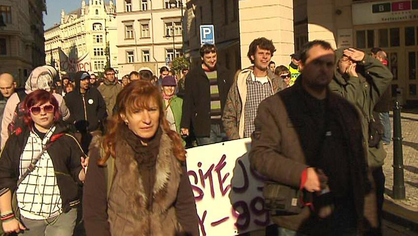 Účastníci protestu v Praze