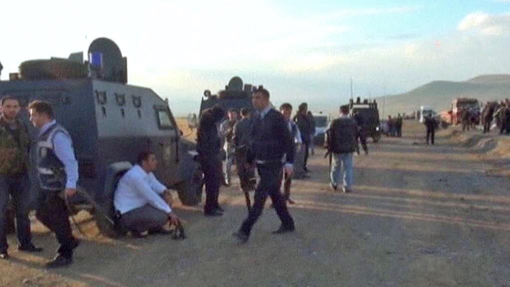 Následky útoku kurdských povstalců