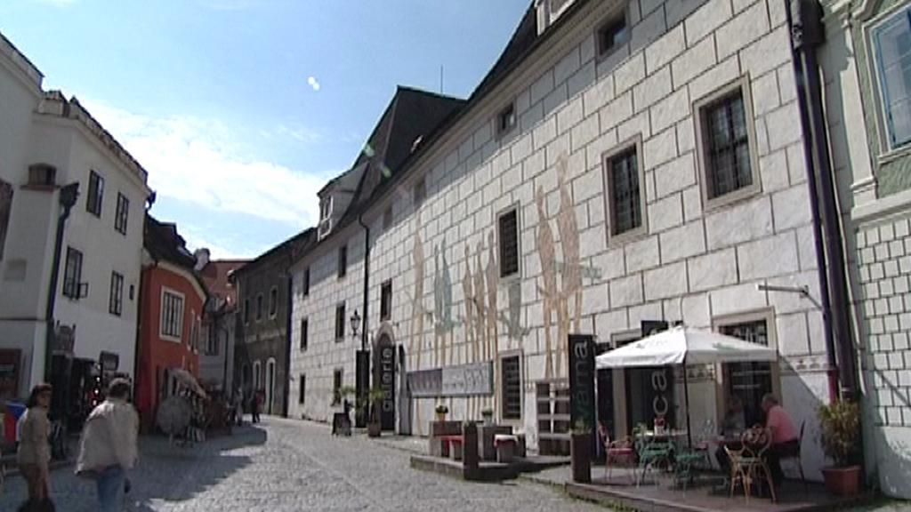 Polepená fasáda Egon Schiele Art Centrum