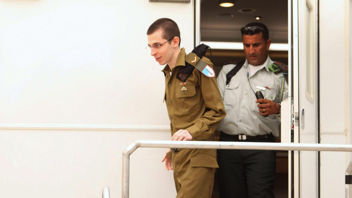 Propuštěný voják Gilad Šalit