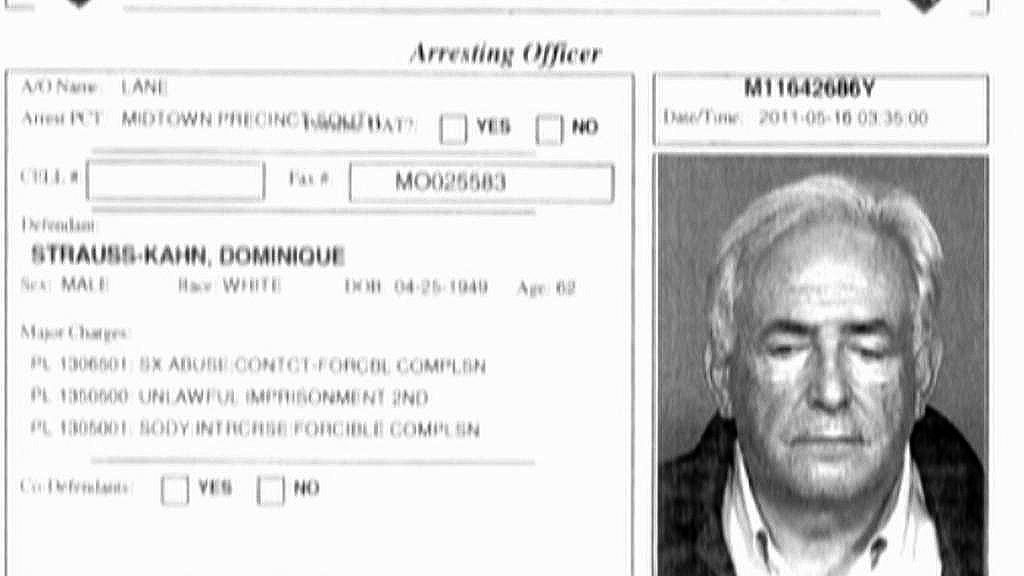 Policie zatkla Dominiqua Strausse-Kahna