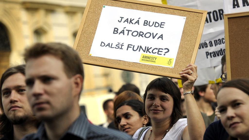 Demonstrace proti Bátorovi