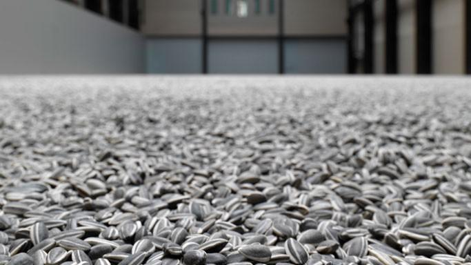 Aj Wej-wej / Sunflower Seeds 2010