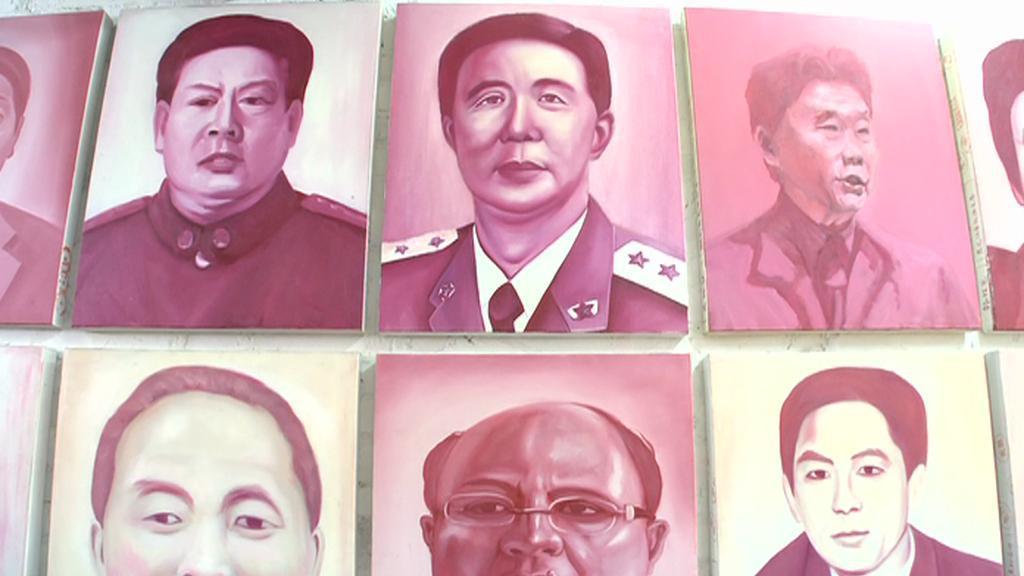 Portréty čínských úředníků