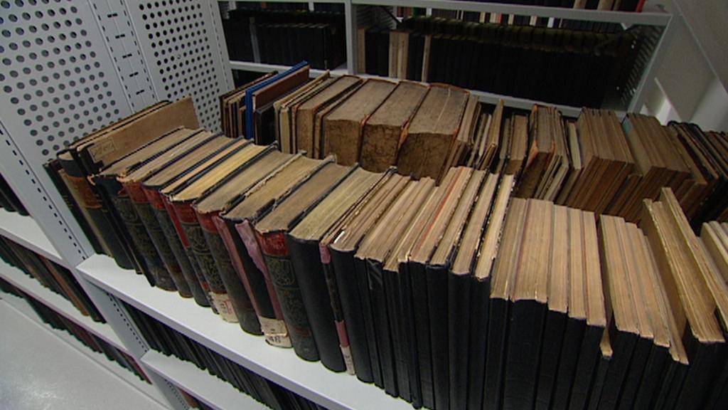 Stěhování knih kvůli revitalizaci Klementina