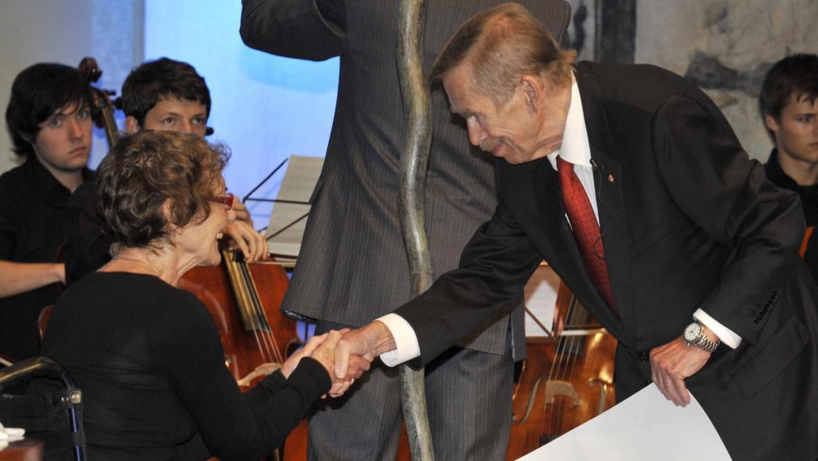 Iva Mojžišová a Václav Havel