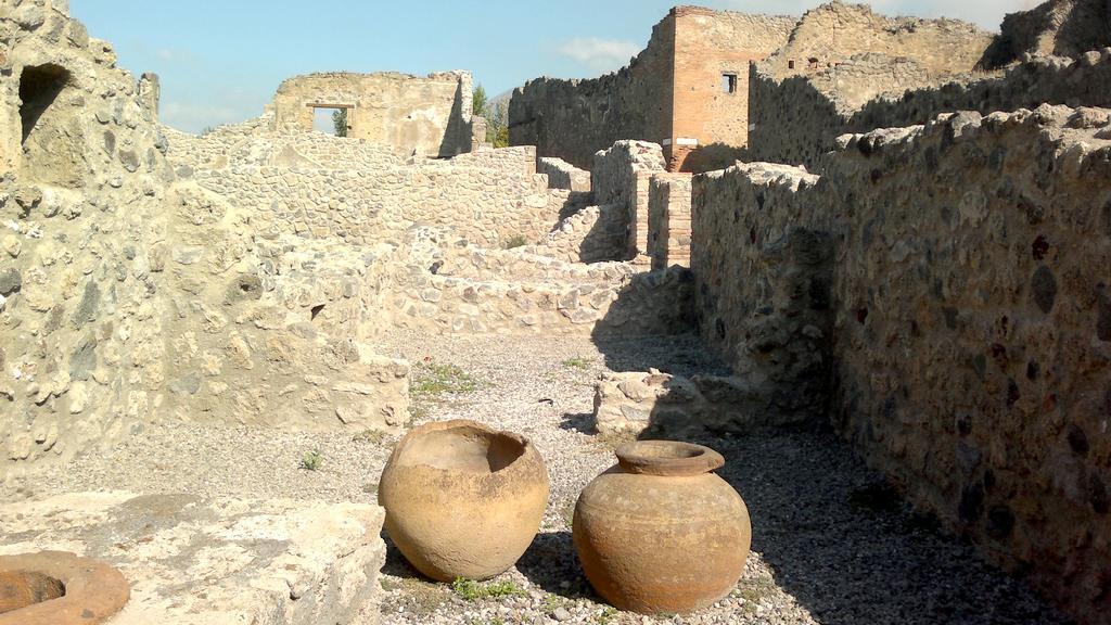 Zbytky domů v Pompejích