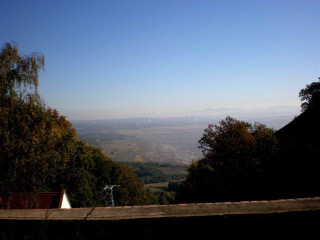Pohled ze zámku Jezeří