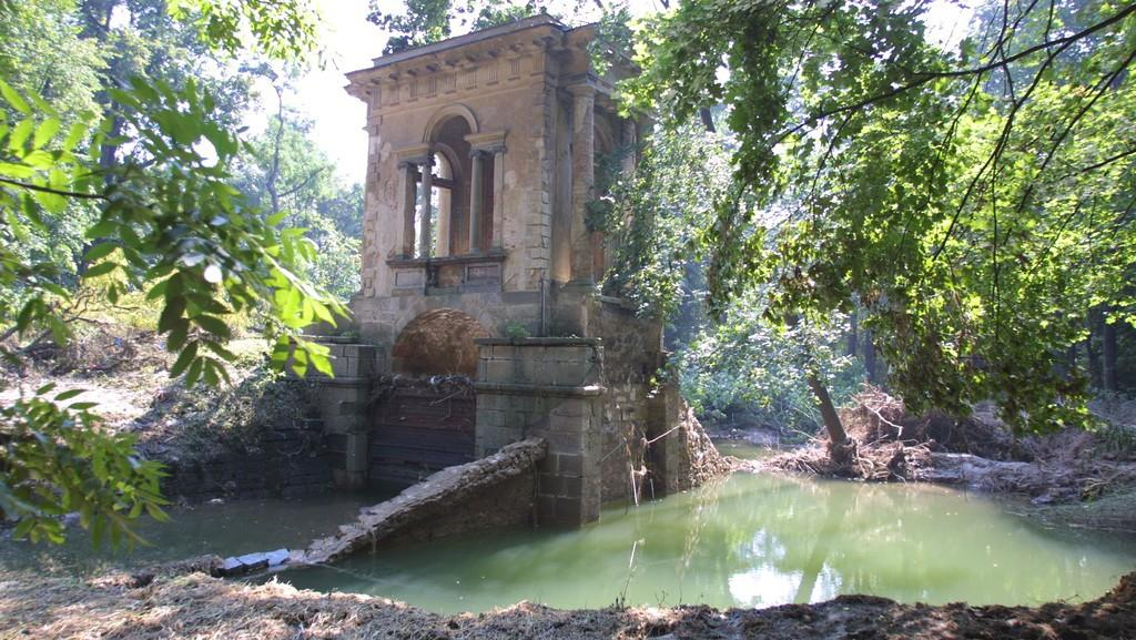 Laudonův pavilon po povodni