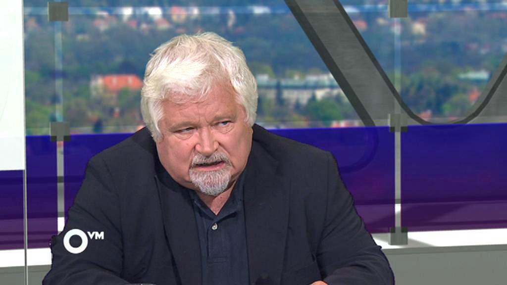 Petr Pithart - místopředseda Senátu