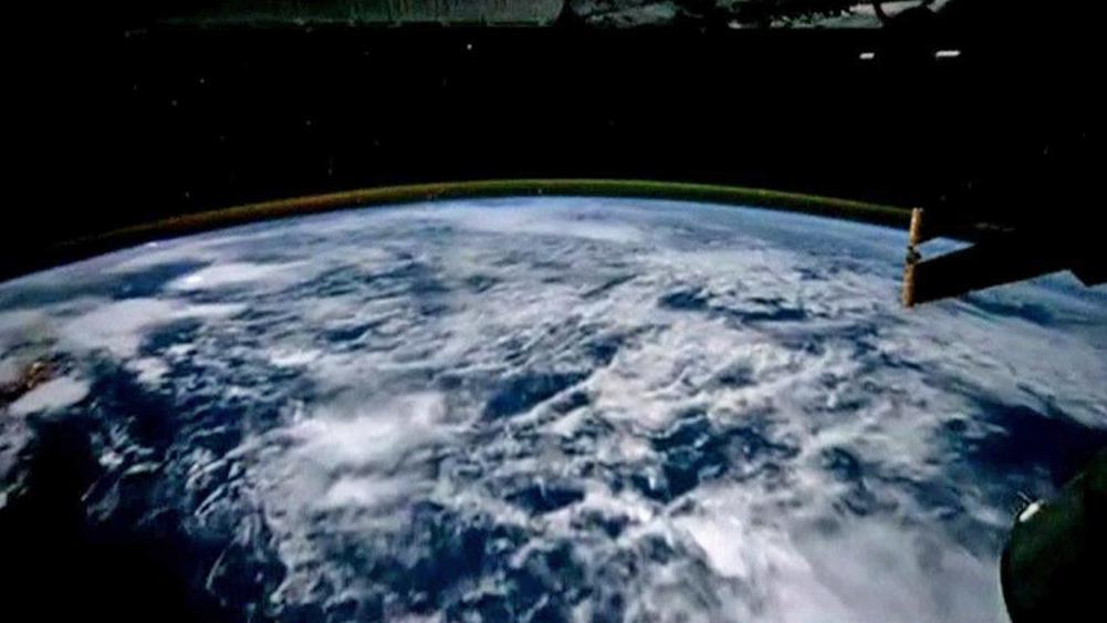Záběry Země z vesmírné stanice