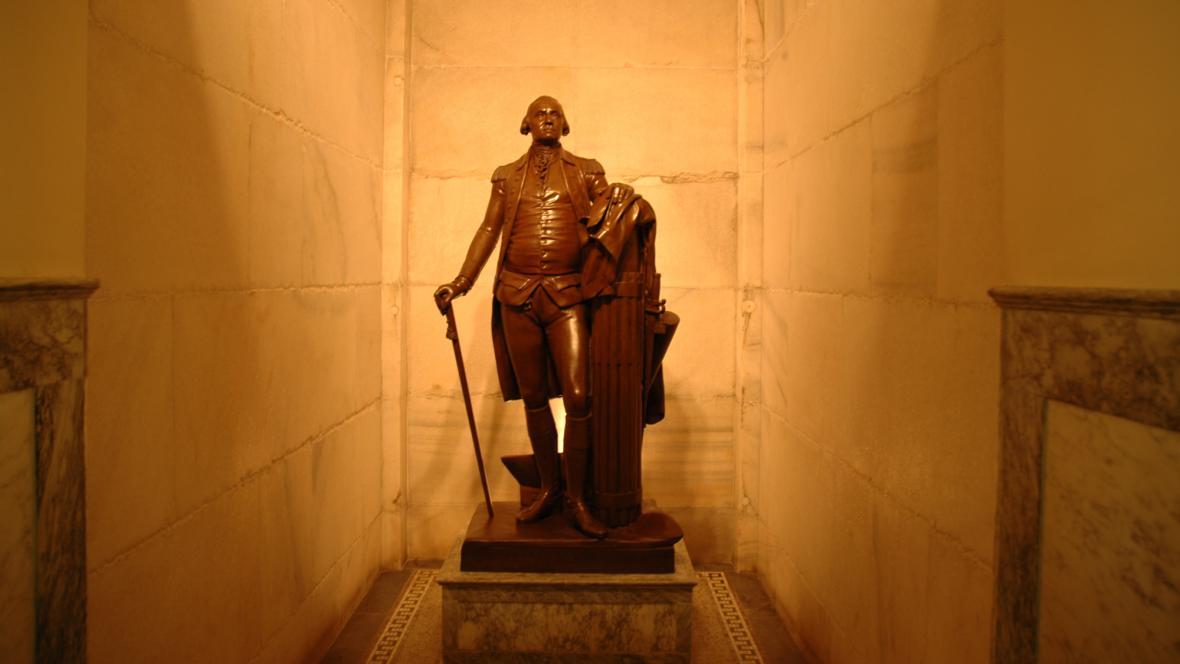 Socha George Washingtona ve Washingonově památníku
