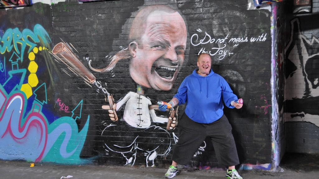 Graffiti v Londýně (pod nádražím Waterloo)