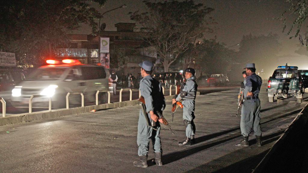 Policie na místě vraždy Burhánuddína Rabbáního