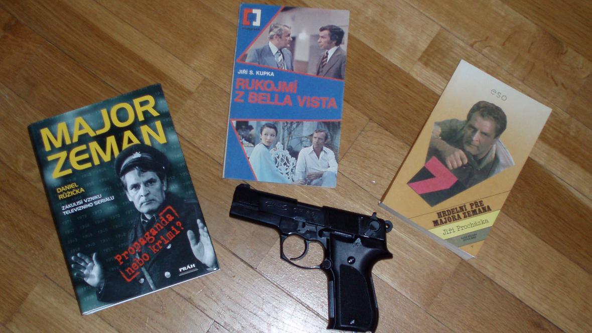 Majora Zemana si lze přečíst i v knížkách...