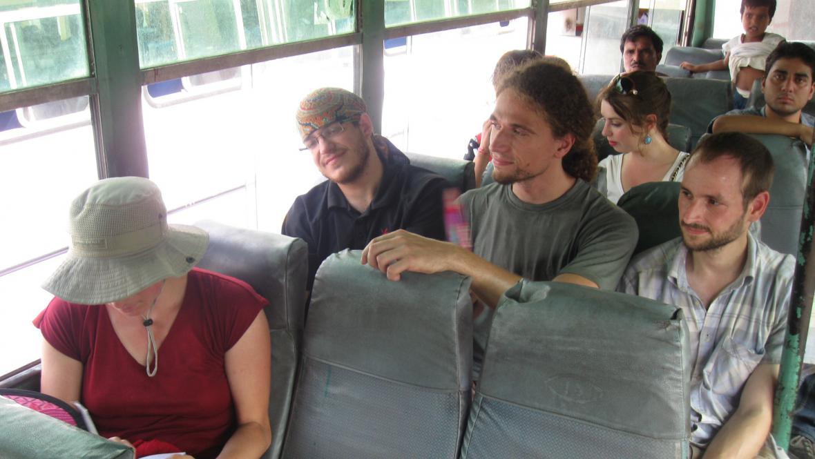 V indickém autobusu