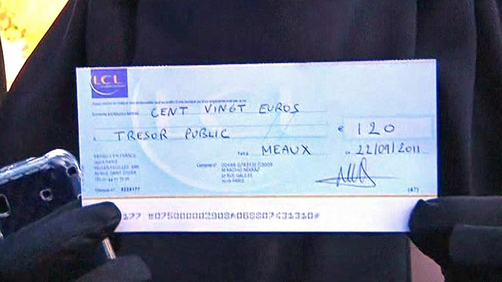 Pokuta 120 eur za nošení nikábu