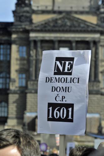 Protest proti demolici domu na Václavském náměstí
