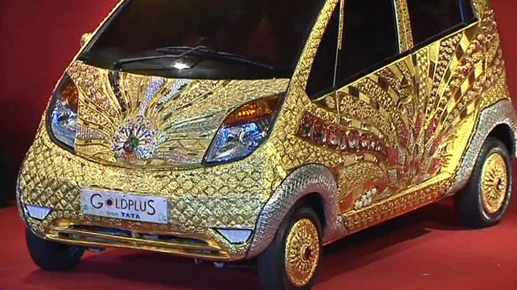 Prezentace zlatého modelu Tata Nano
