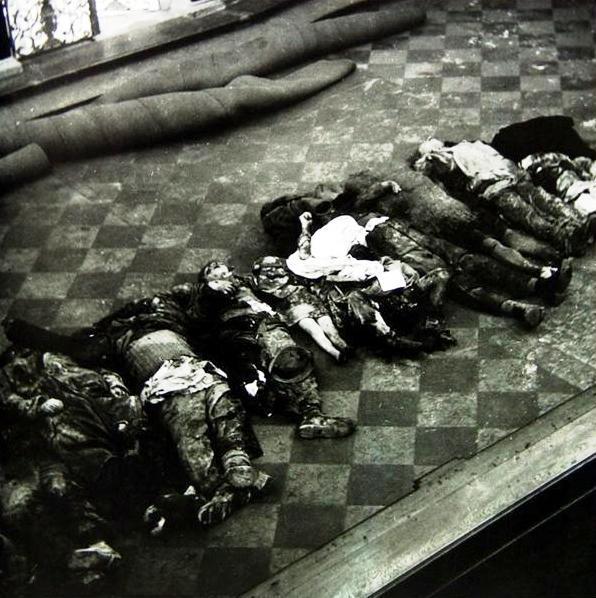 Oběti shromážděné v kostele sv. Ignáce