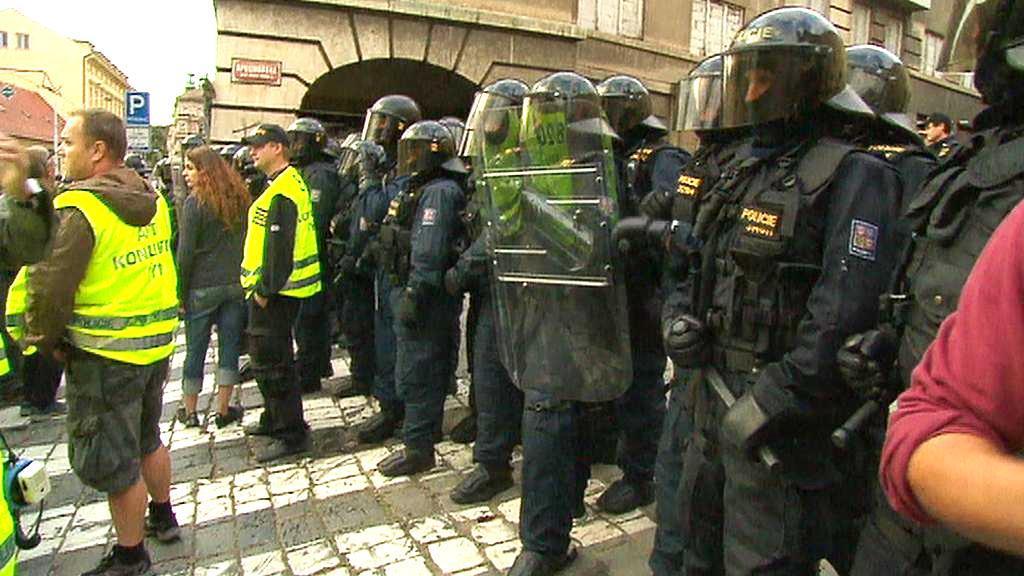Policejní zásah proti squatterům