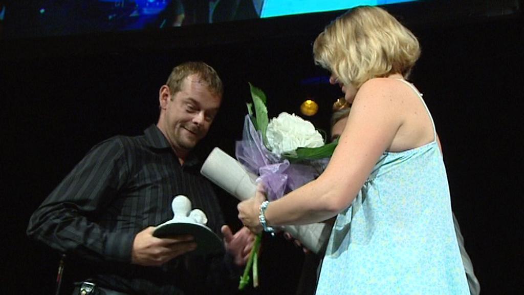 Martin Stránský přijímá cenu za dabing