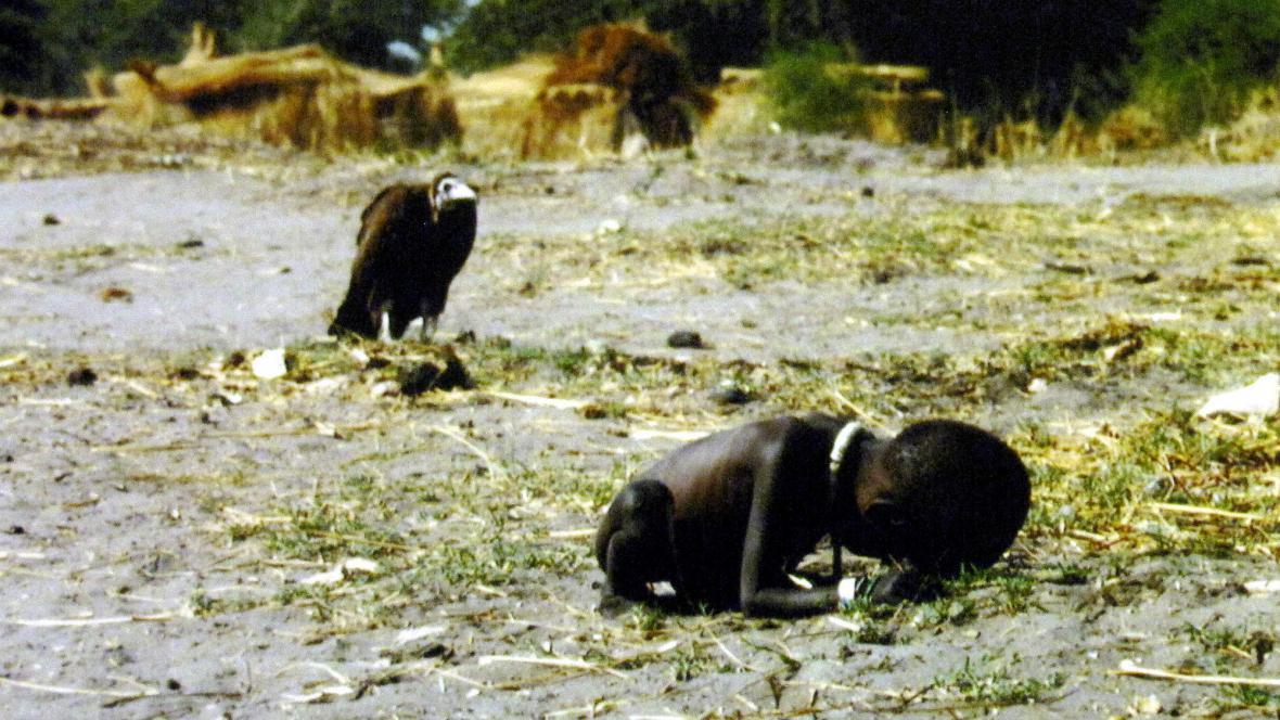 Kevin Carter / Súdán (1993)