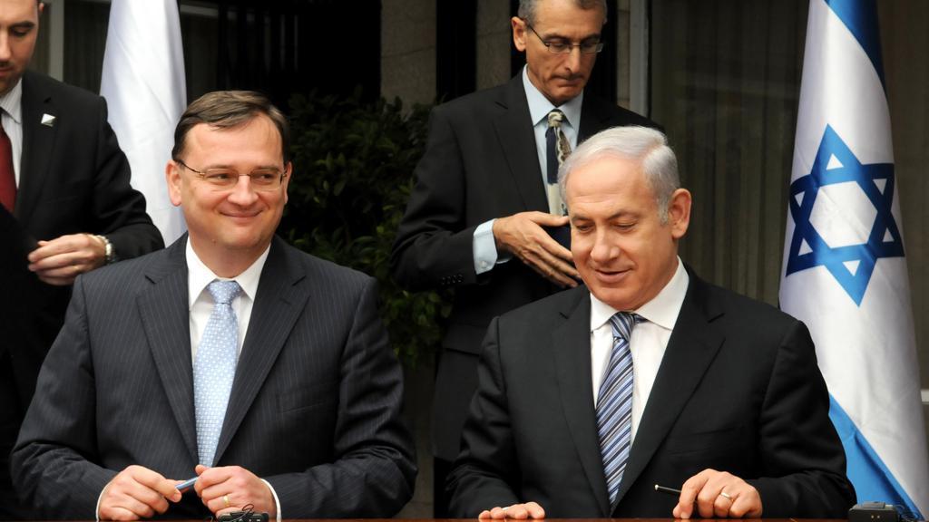Premiér Nečas na návštěvě Izraele
