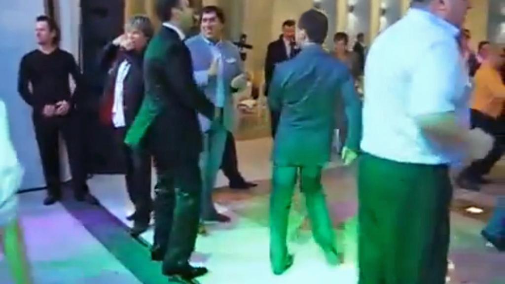 Tančící ruský prezident Dmitrij Medvěděv