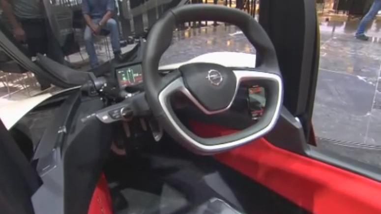 Interiér experimentálního Opelu