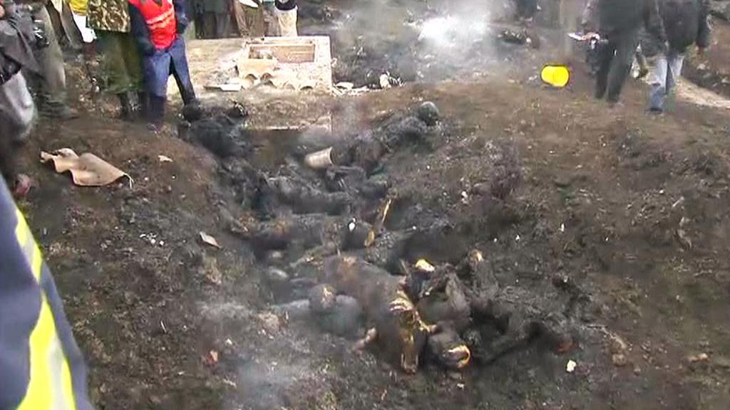 Následky výbuchu ropovodu v keňském Nairobi