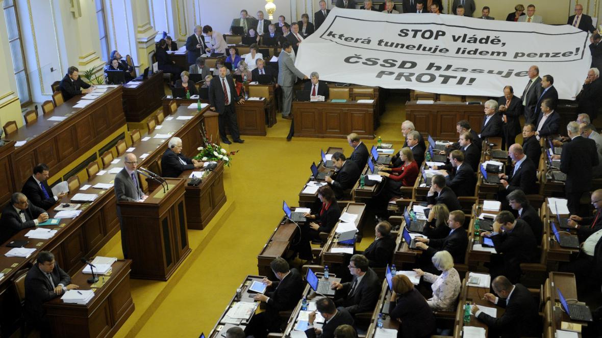 Schvalování důchodové reformy ve sněmovně