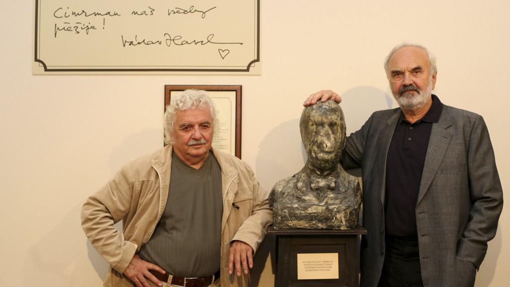 Ladislav Smoljak a Zdeněk Svěrák s Járou Cimrmanem