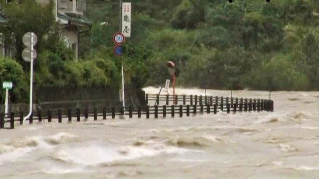 Japonsko zasáhl tajfun Talas