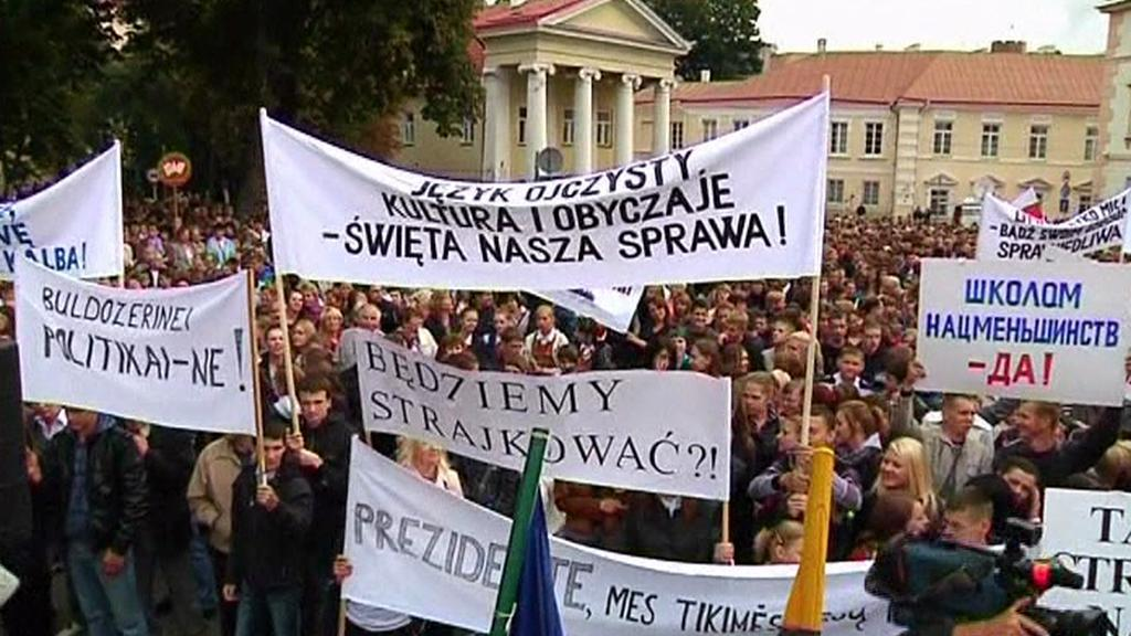 Protesty Poláků v Litvě
