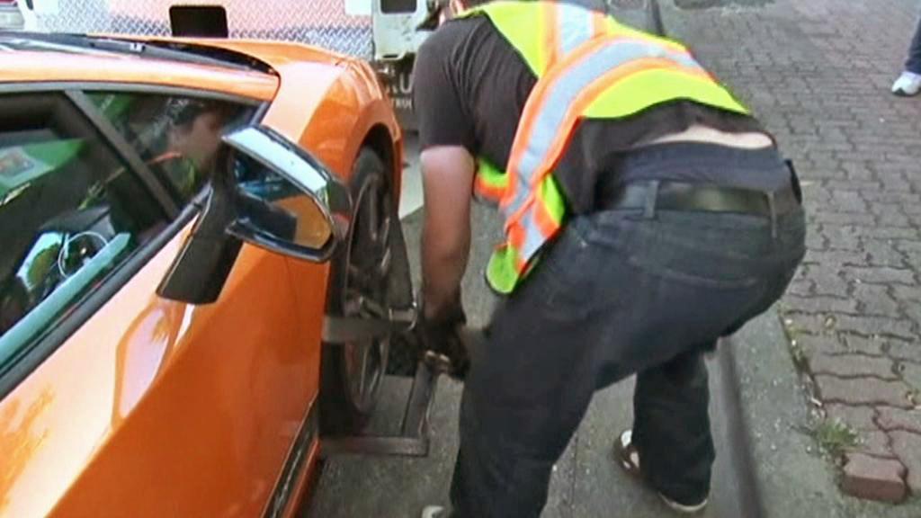 Kanadská policie zabavila 13 sportovních vozů