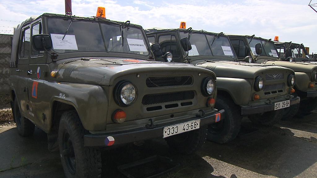 Armádní vozy