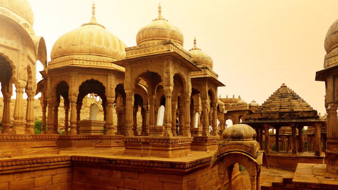 Hrobky králů v Radžastánu