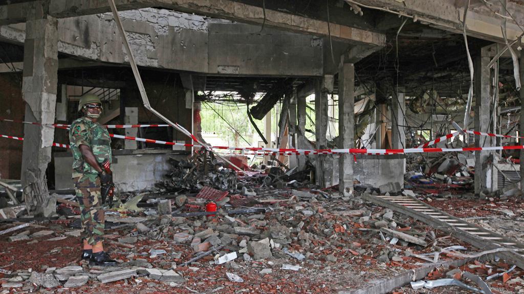 Následky útoku na budovu OSN v Nigérii