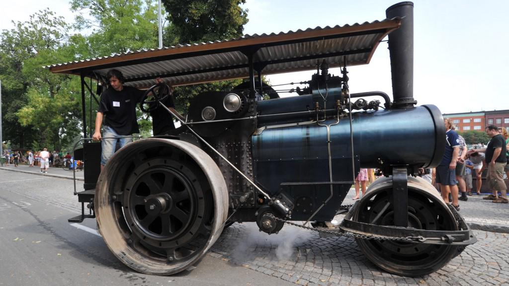 Parní válec Škoda PV 15 z roku 1925