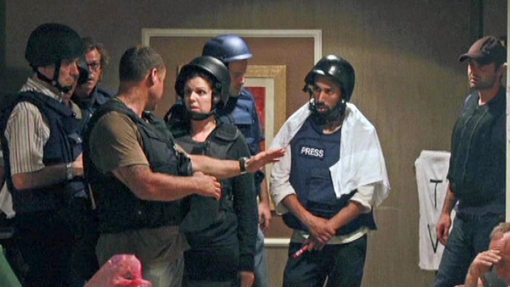 Zadržovaní novináři v hotelu Rixos