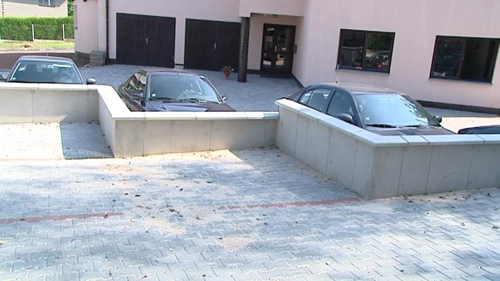 Nepovolené parkoviště v Náchodě